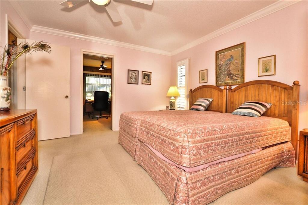 Master Bedroom - Single Family Home for sale at 9 Pine Ridge Way, Englewood, FL 34223 - MLS Number is D5921839