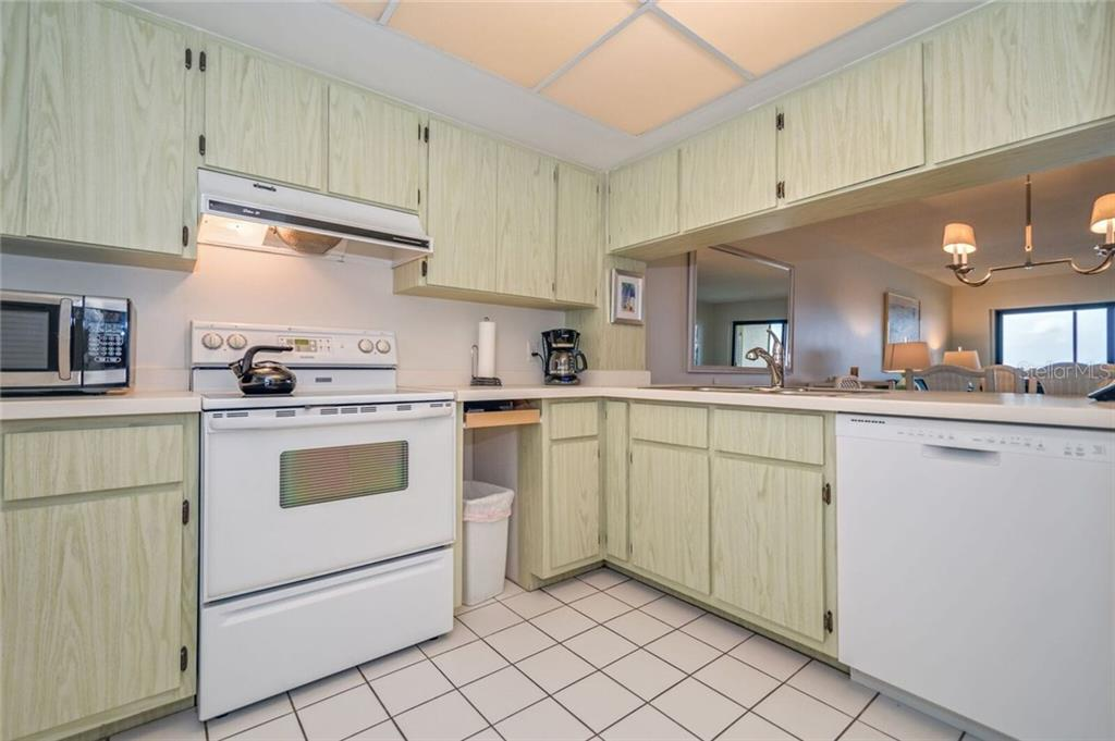 KITCHEN AREA - Condo for sale at 5700 Gulf Shores Dr #a-215, Boca Grande, FL 33921 - MLS Number is D5922393