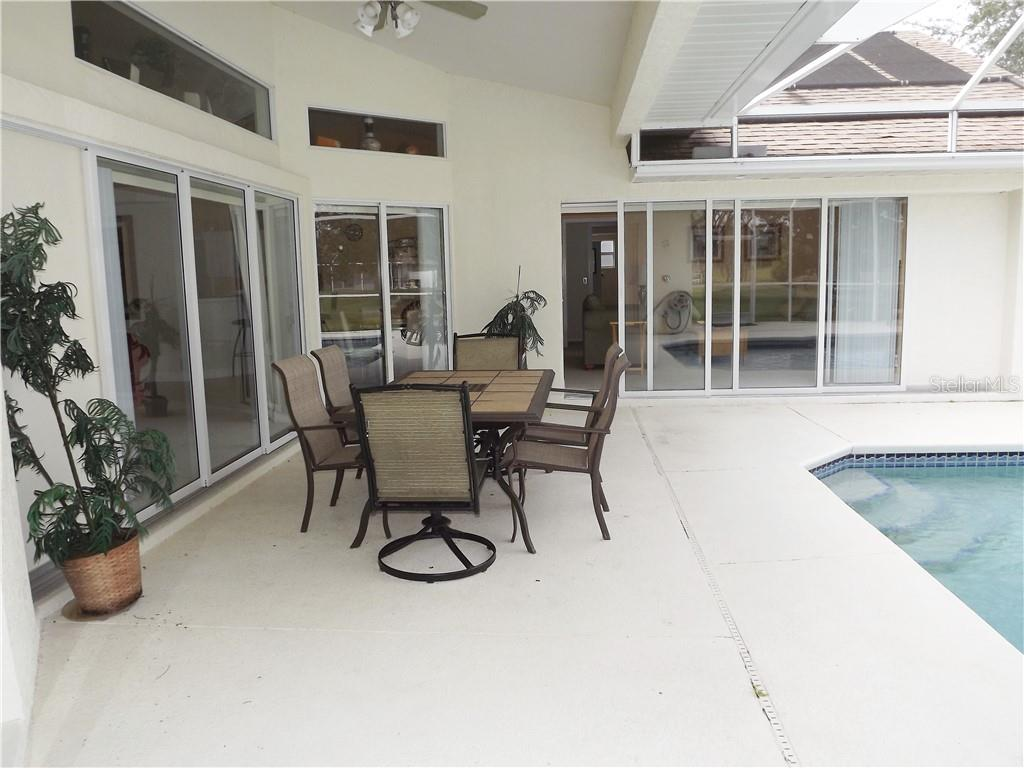 Single Family Home for sale at 613 Rotonda Cir, Rotonda West, FL 33947 - MLS Number is D6100102