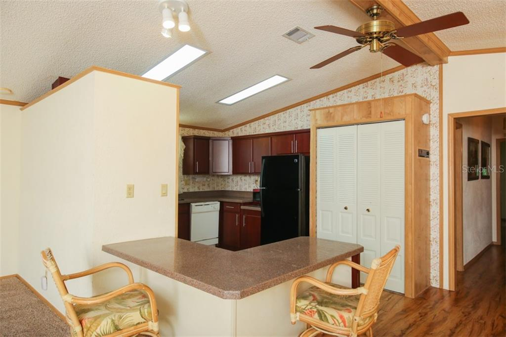 Manufactured Home for sale at 810 Manchester Ct, Englewood, FL 34223 - MLS Number is D6102323