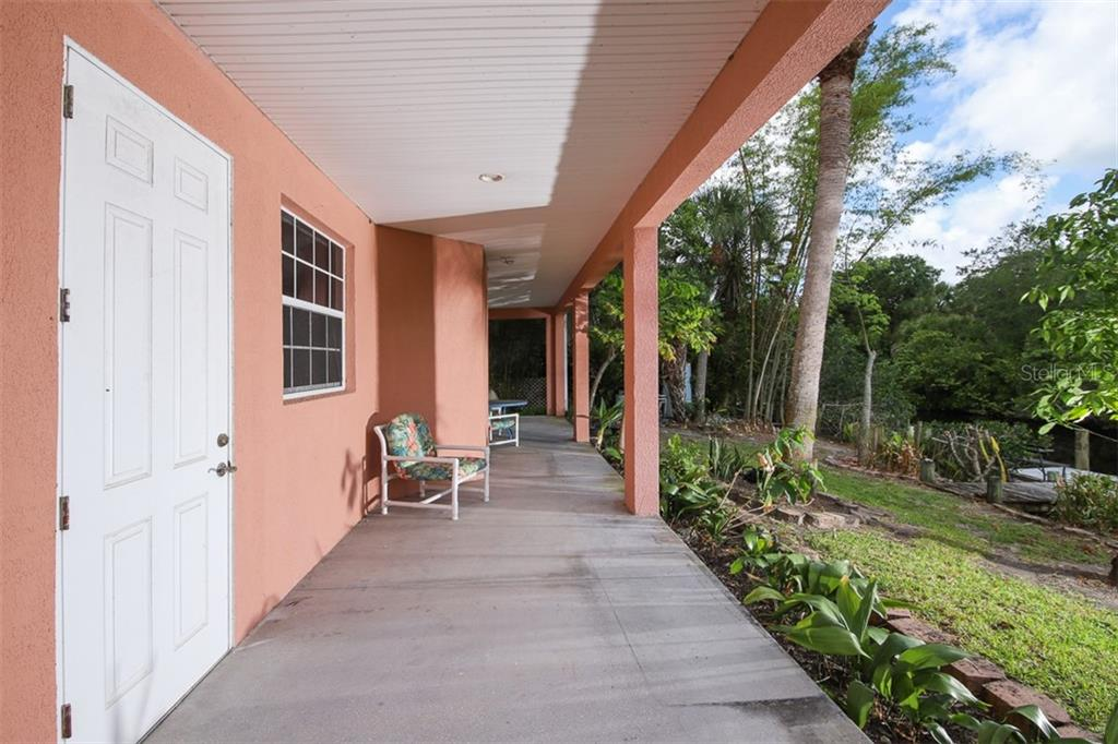 Single Family Home for sale at 9033 Allapata Ln, Venice, FL 34293 - MLS Number is D6106356