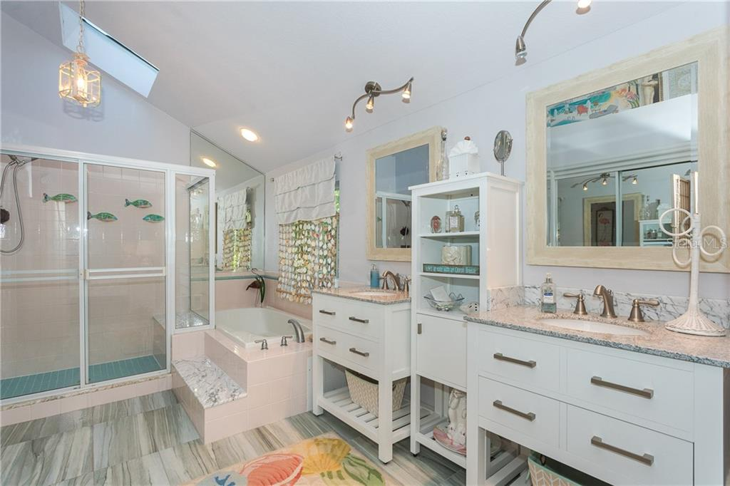 Master Bathroom En Suite - Single Family Home for sale at 540 N Gulf Blvd, Placida, FL 33946 - MLS Number is D6110801