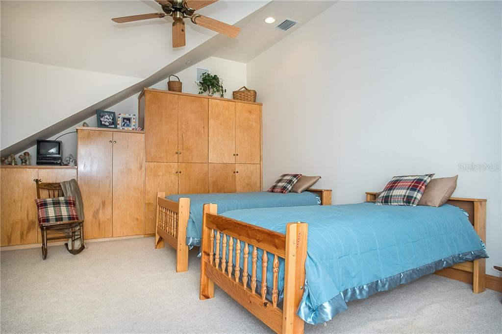 Bedroom 4 - Single Family Home for sale at 550 S Oxford Dr, Englewood, FL 34223 - MLS Number is D6111512