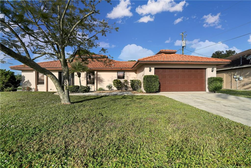 116 Englewood Garden Circle, Englewood, FL 34223.  Located near Dearborn St, farmers market, beaches, shopping, waterfront dining, schools and more. - Single Family Home for sale at 116 Englewood Garden Cir, Englewood, FL 34223 - MLS Number is D6114502