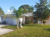1605 Overbrook Rd, Englewood, FL 34223