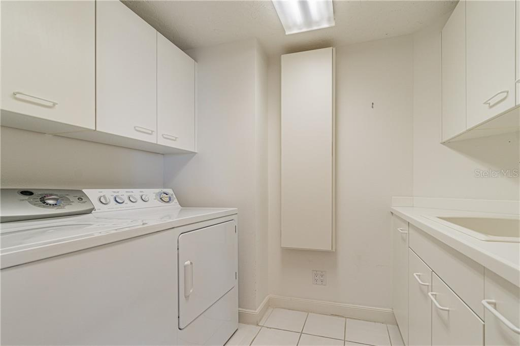 3rd MASTER BATH - Condo for sale at 1281 Gulf Of Mexico Dr #304, Longboat Key, FL 34228 - MLS Number is T3121789