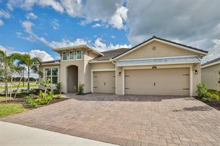 5625 Morning Sun Dr #127, Sarasota, FL 34238