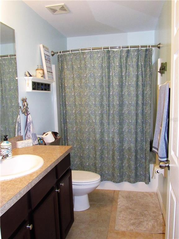 Second full bath with tub/shower combo - Single Family Home for sale at 24041 Canal St, Port Charlotte, FL 33980 - MLS Number is C7400879