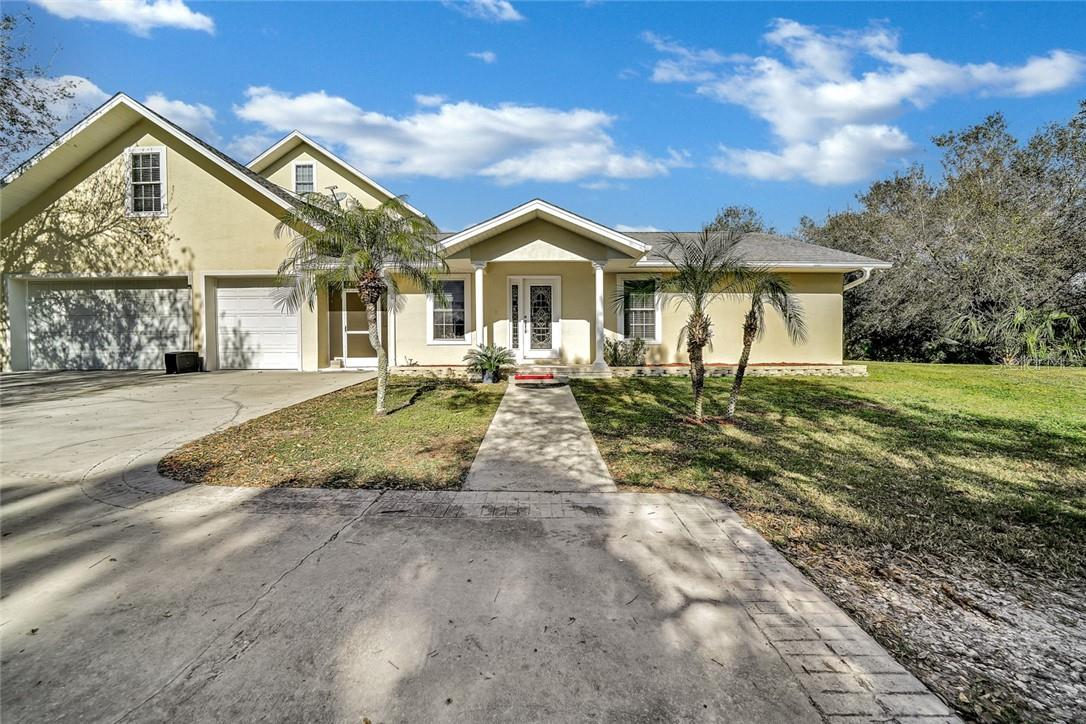 Entrance to Mother-in-law / Guest house - Single Family Home for sale at 10230 Sw County Road 769, Arcadia, FL 34269 - MLS Number is C7437596
