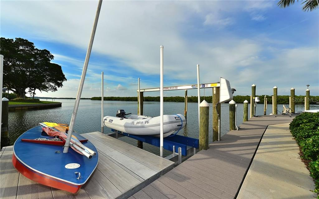 Single Family Home for sale at 771 Old Compass Rd, Longboat Key, FL 34228 - MLS Number is A4166277
