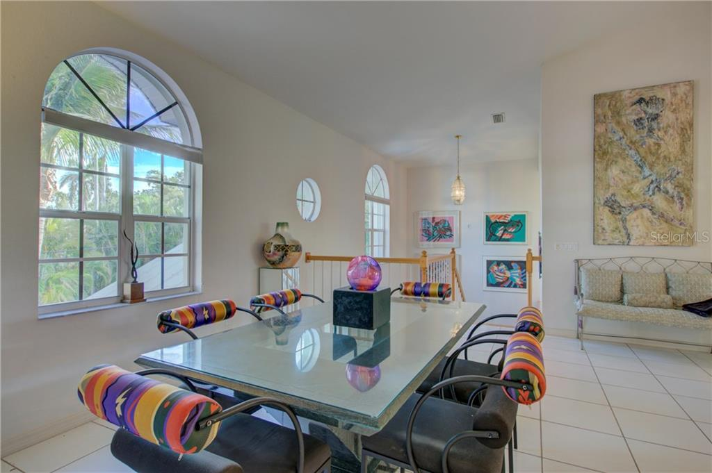 living room - Single Family Home for sale at 569 Juan Anasco Dr, Longboat Key, FL 34228 - MLS Number is A4173741