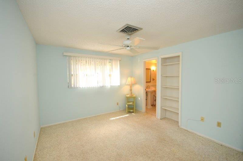 Bedroom 2 of 2 - Condo for sale at 2215 Circlewood Dr #46, Sarasota, FL 34231 - MLS Number is A4180138