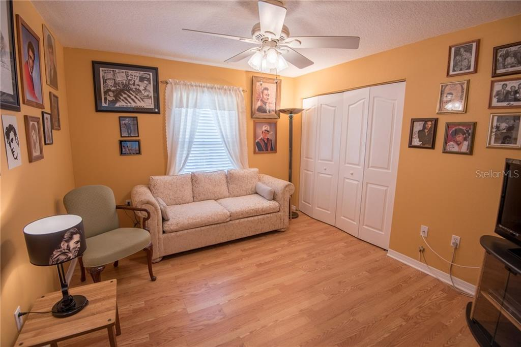 3rd bedroom - Single Family Home for sale at 7718 36th Ln E, Sarasota, FL 34243 - MLS Number is A4181555