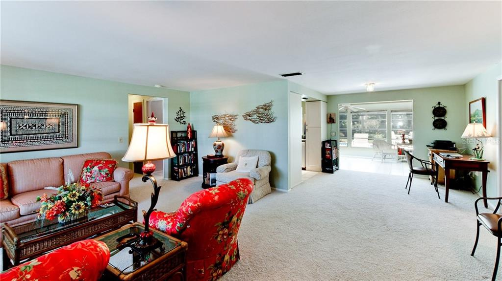 Single Family Home for sale at 507 70th St, Holmes Beach, FL 34217 - MLS Number is A4181966