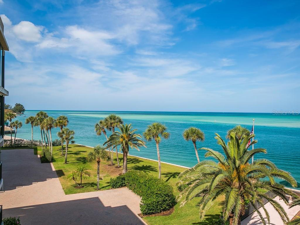 Community waterfront grounds - Condo for sale at 4708 Ocean Blvd #e8, Sarasota, FL 34242 - MLS Number is A4184028