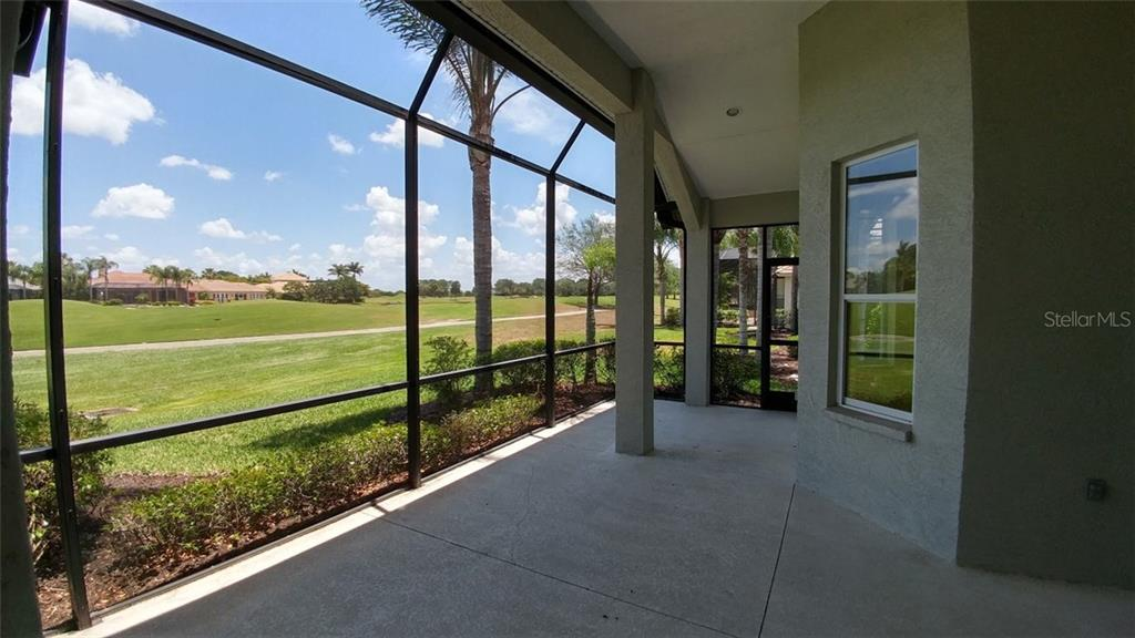 Lanai - Single Family Home for sale at 7111 Sandhills Pl, Lakewood Ranch, FL 34202 - MLS Number is A4185112