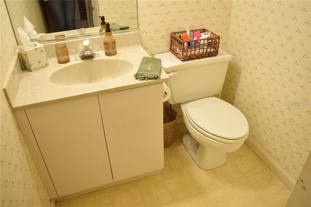 2nd bathroom - Single Family Home for sale at 1019 51st Ave E, Bradenton, FL 34203 - MLS Number is A4185257