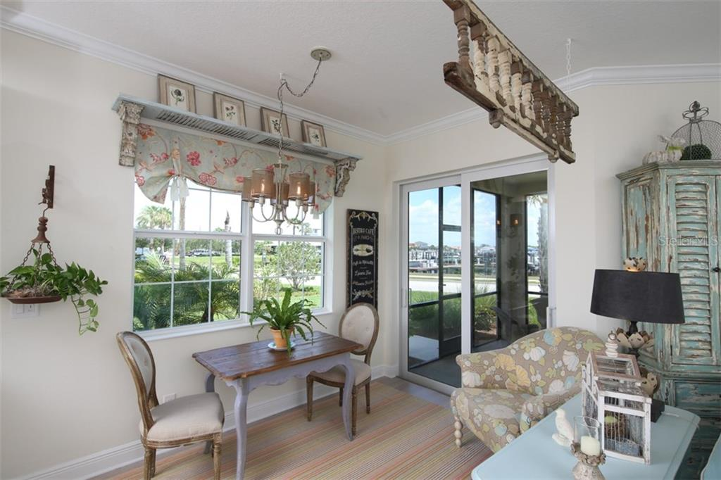 Breakfast nook - Condo for sale at 1255 Riverscape St #n/A, Bradenton, FL 34208 - MLS Number is A4186832