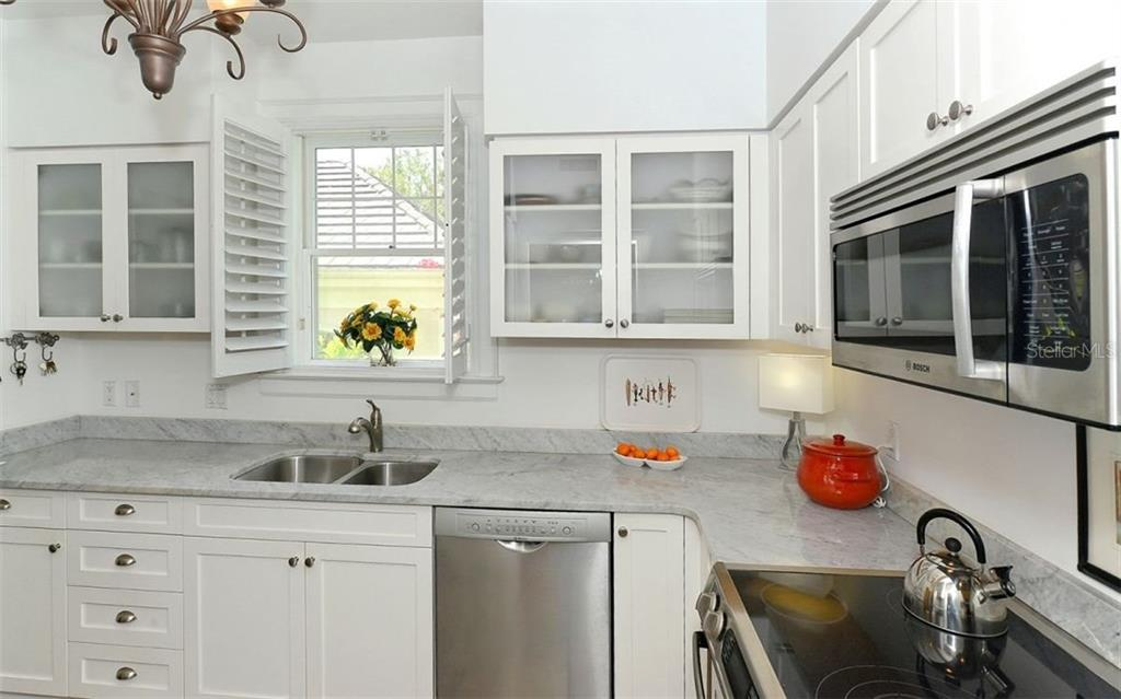 Beautiful marble counter tops - Townhouse for sale at 68 Bishops Court Rd #115, Osprey, FL 34229 - MLS Number is A4187983