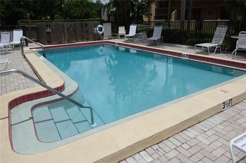 Condo for sale at 3067 Willow Grn #33, Sarasota, FL 34235 - MLS Number is A4188510