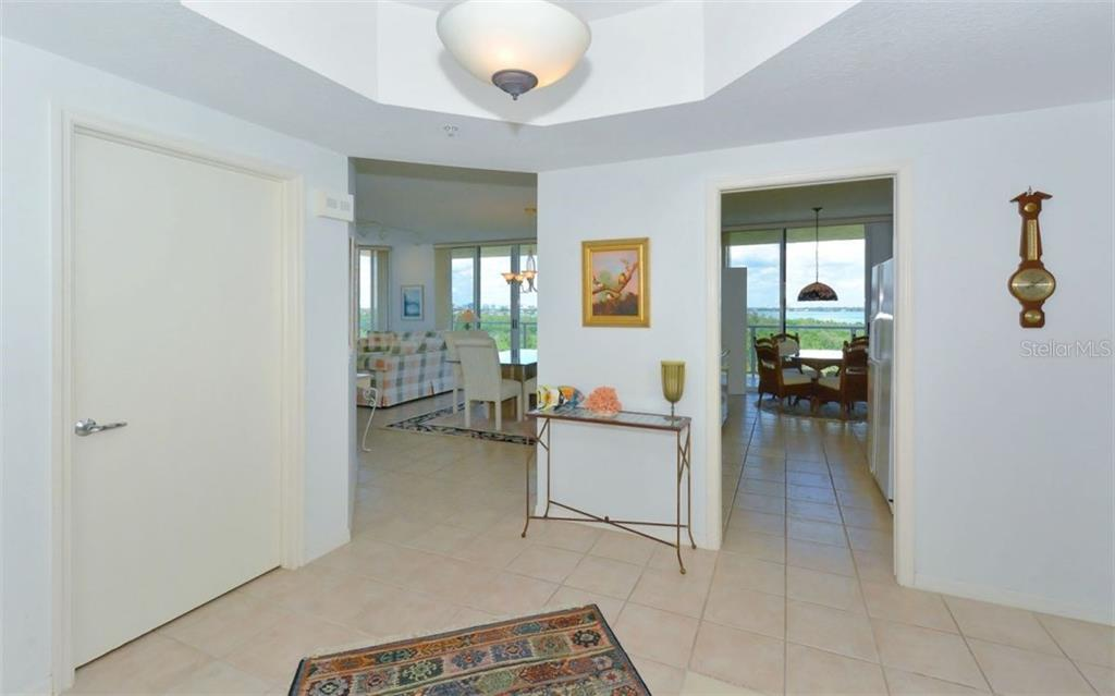 Spacious master bedroom - Condo for sale at 1800 Benjamin Franklin Dr #b507, Sarasota, FL 34236 - MLS Number is A4188540