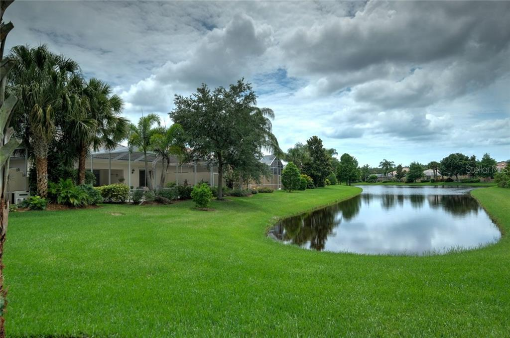 Single Family Home for sale at 5579 Octonia Pl, Sarasota, FL 34238 - MLS Number is A4189412