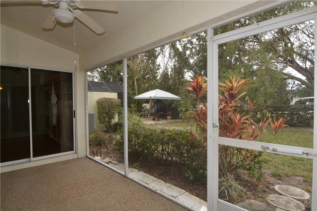 Single Family Home for sale at 4422 Murfield Dr E, Bradenton, FL 34203 - MLS Number is A4191867