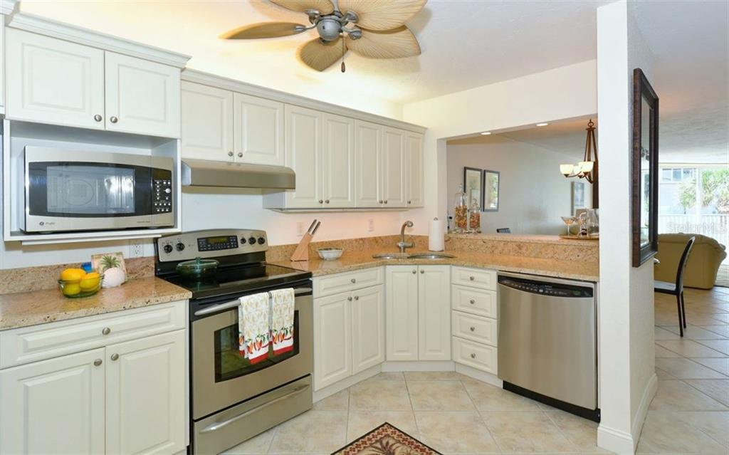 Condo for sale at 1770 Benjamin Franklin Dr #104, Sarasota, FL 34236 - MLS Number is A4192418