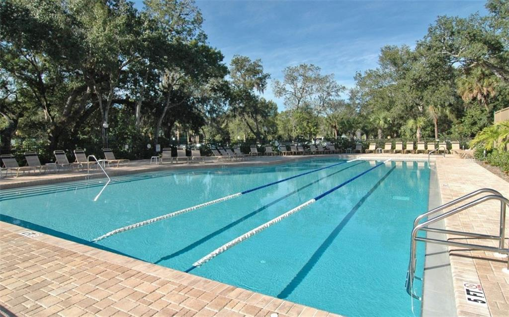 Single Family Home for sale at 5501 Downham Mdws, Sarasota, FL 34235 - MLS Number is A4194615