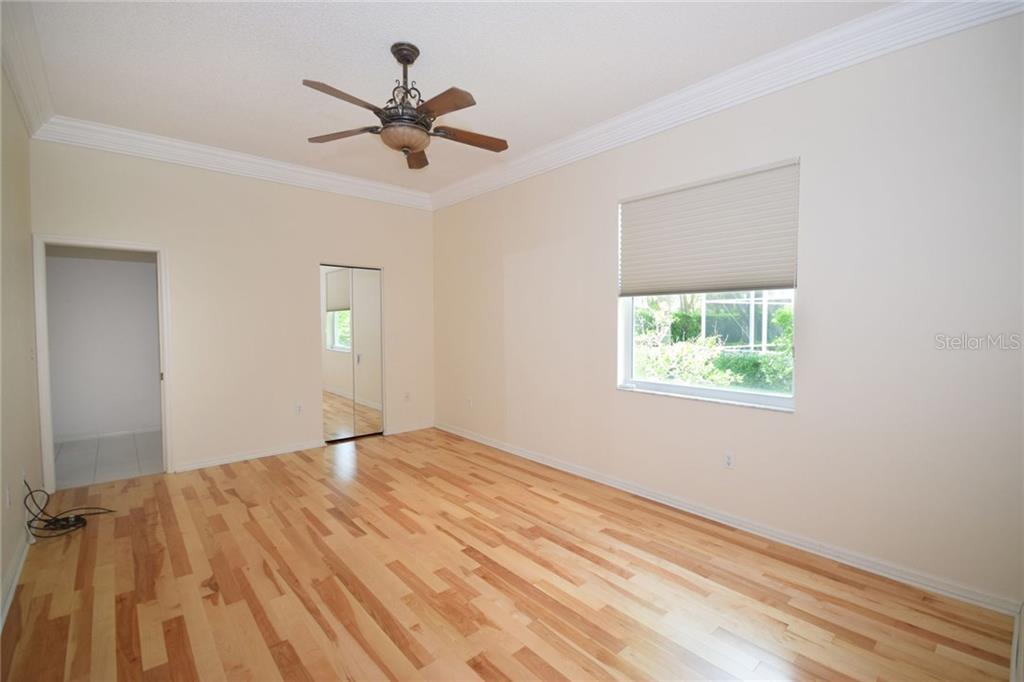 Fourth batroom - Single Family Home for sale at 9520 Hawksmoor Ln, Sarasota, FL 34238 - MLS Number is A4197662