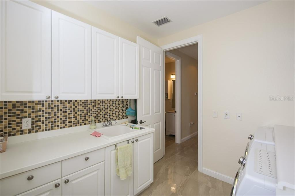 Condo for sale at 5531 46th Ct W #n/A, Bradenton, FL 34210 - MLS Number is A4198490