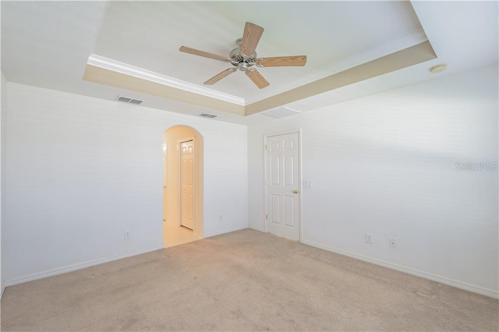 Master Bedroom - Single Family Home for sale at 7111 56th Ter E, Palmetto, FL 34221 - MLS Number is A4203729