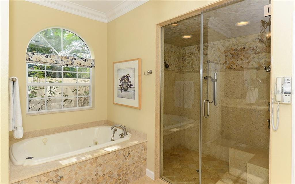 Single Family Home for sale at 3249 Walter Travis Dr, Sarasota, FL 34240 - MLS Number is A4206191