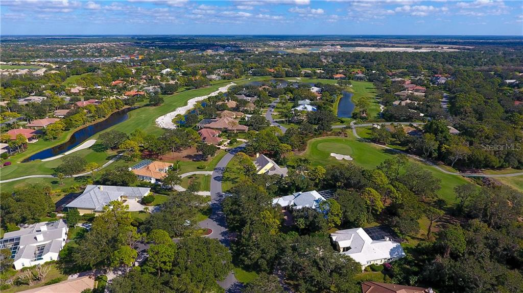 Single Family Home for sale at 863 Macewen Dr, Osprey, FL 34229 - MLS Number is A4206227