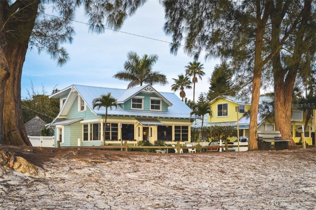 Single Family Home for sale at 306 Gulf Blvd, Anna Maria, FL 34216 - MLS Number is A4206962
