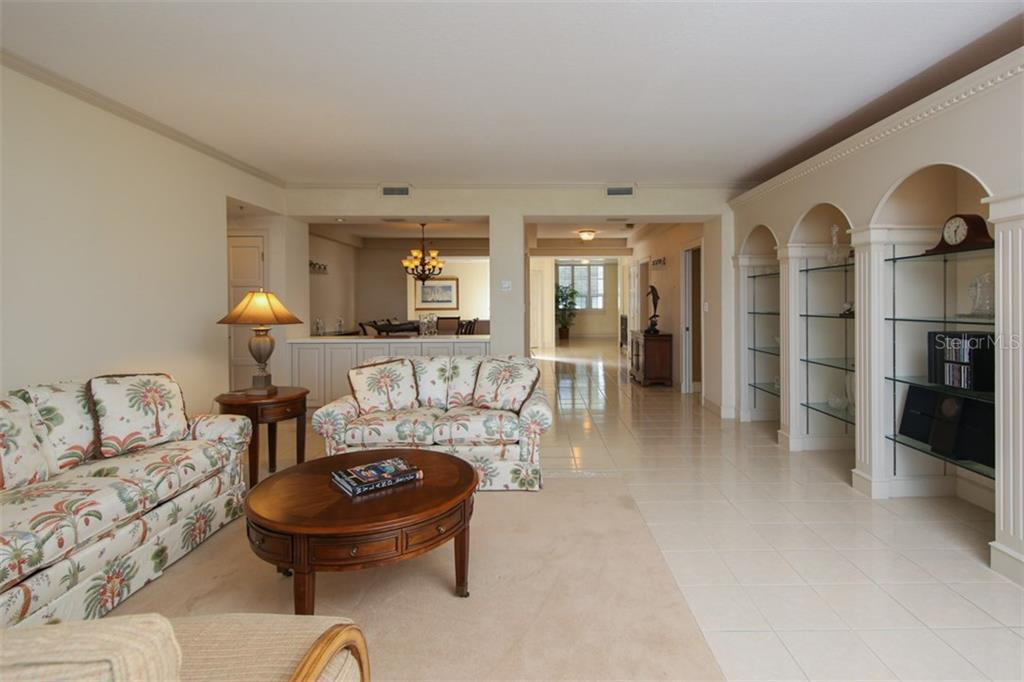 Condo for sale at 2450 Harbourside Dr #212, Longboat Key, FL 34228 - MLS Number is A4207611
