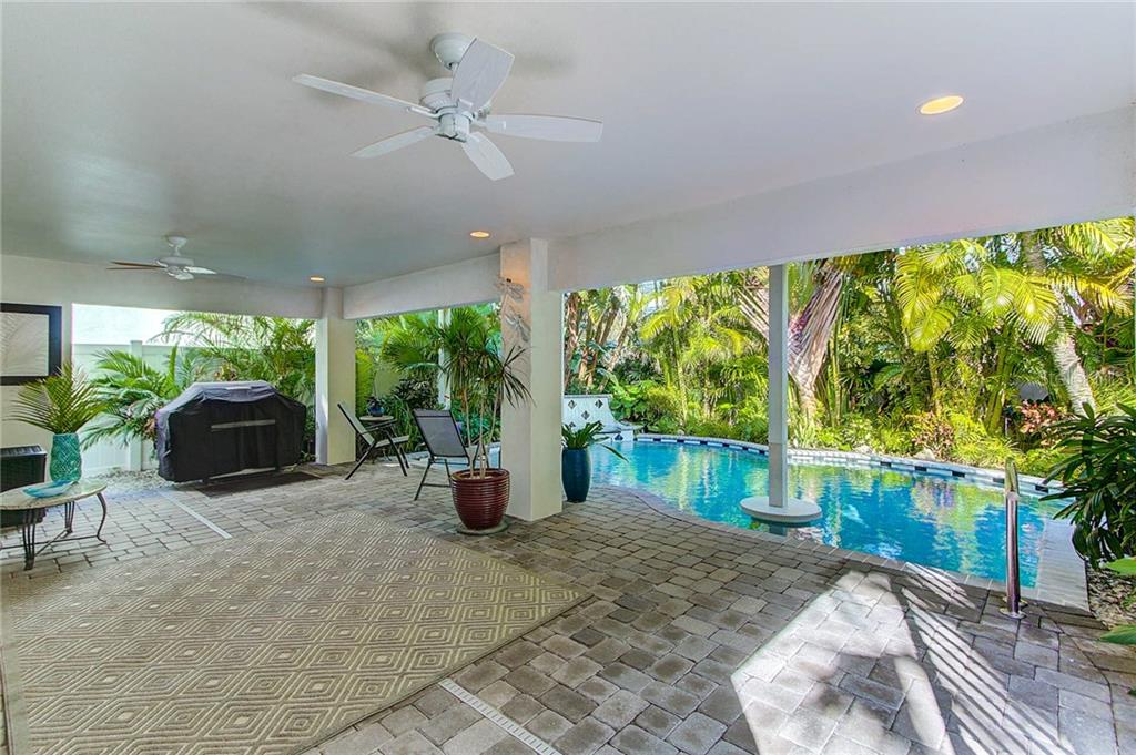 Pool - Single Family Home for sale at 104 43rd St, Holmes Beach, FL 34217 - MLS Number is A4209338
