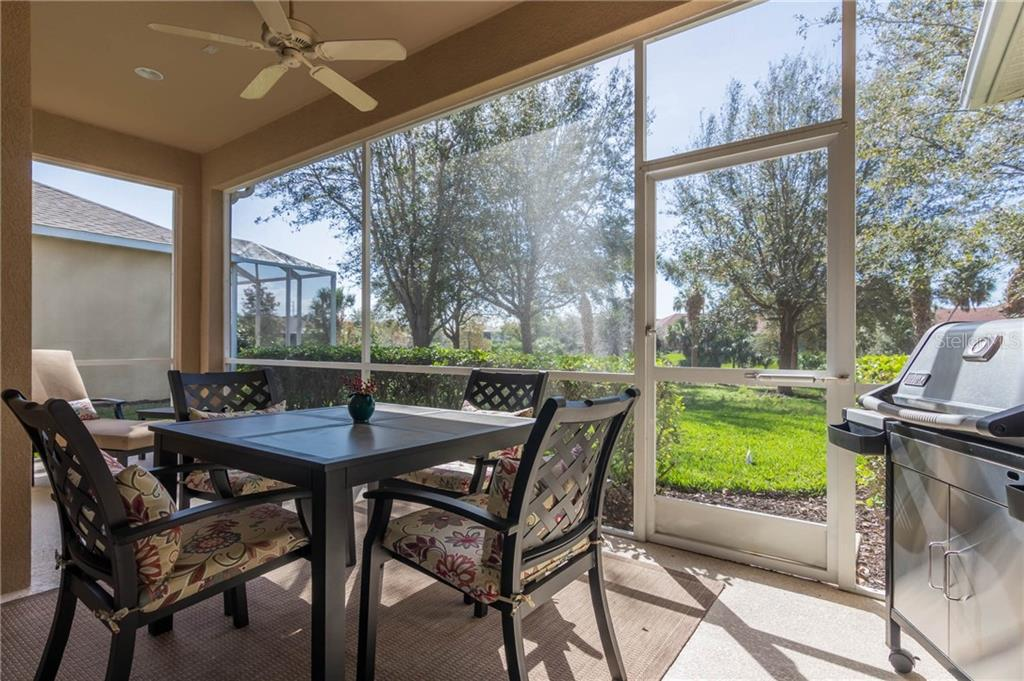 Single Family Home for sale at 3762 Summerwind Cir, Bradenton, FL 34209 - MLS Number is A4210376