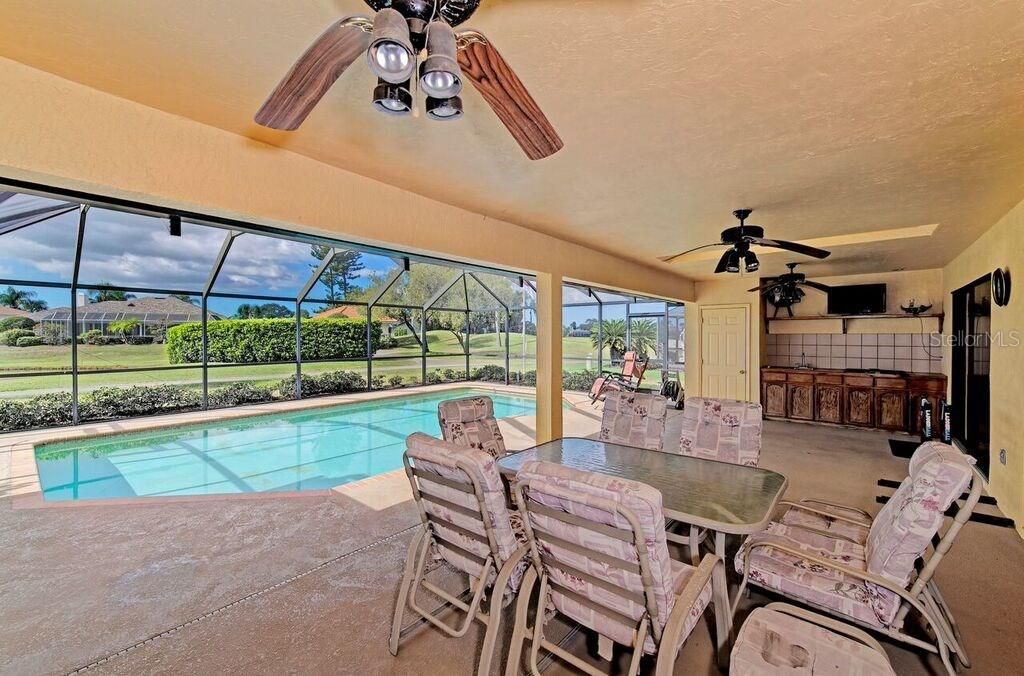 Single Family Home for sale at 5092 Kilty Ct E, Bradenton, FL 34203 - MLS Number is A4210769