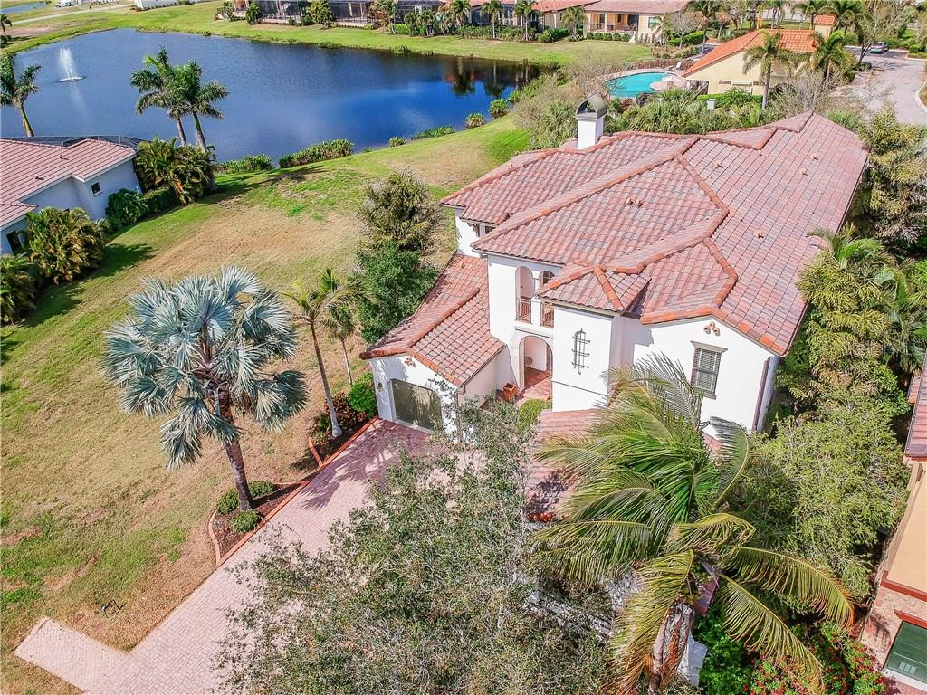 Single Family Home for sale at 5615 Inspiration Ter, Bradenton, FL 34210 - MLS Number is A4210858