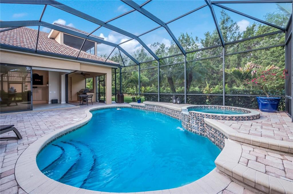 Single Family Home for sale at 7812 Rosehall Cv, Lakewood Ranch, FL 34202 - MLS Number is A4400145