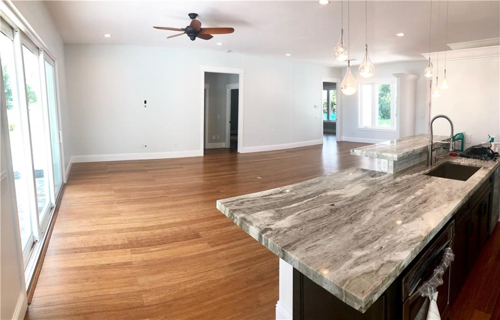 gorgeous granite in beautiful kitchen - Single Family Home for sale at 6010 Hollywood Blvd, Sarasota, FL 34231 - MLS Number is A4400462
