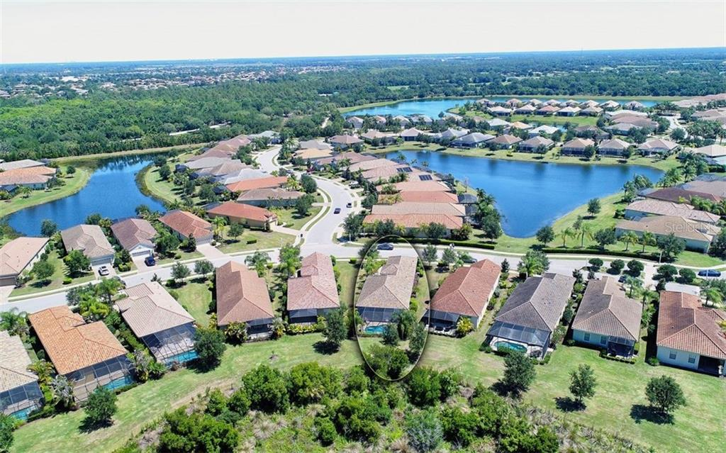 Single Family Home for sale at 7282 Belleisle Gln, Lakewood Ranch, FL 34202 - MLS Number is A4401082