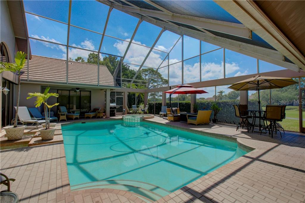 Single Family Home for sale at 4190 Las Palmas Way, Sarasota, FL 34238 - MLS Number is A4401227