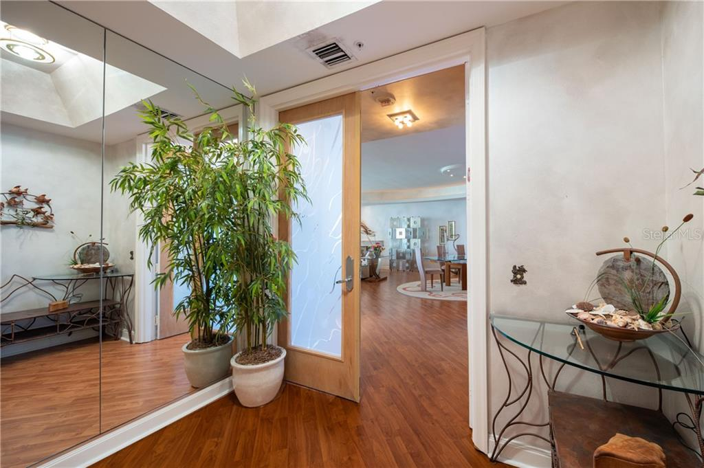 Foyer - Condo for sale at 435 L Ambiance Dr #k806, Longboat Key, FL 34228 - MLS Number is A4406683