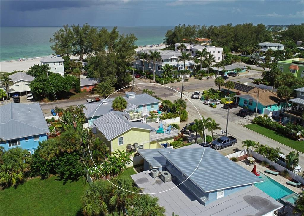 Single Family Home for sale at 113 36th St, Holmes Beach, FL 34217 - MLS Number is A4407267