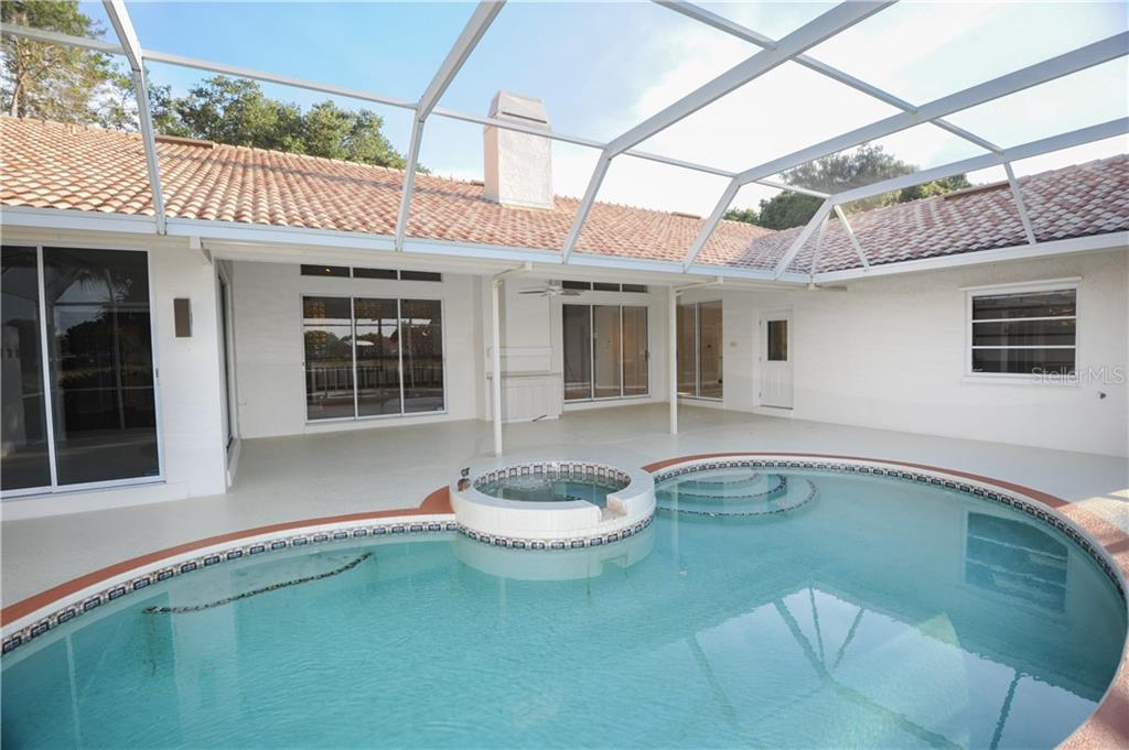 Single Family Home for sale at 8347 Cypress Hollow Dr, Sarasota, FL 34238 - MLS Number is A4407480