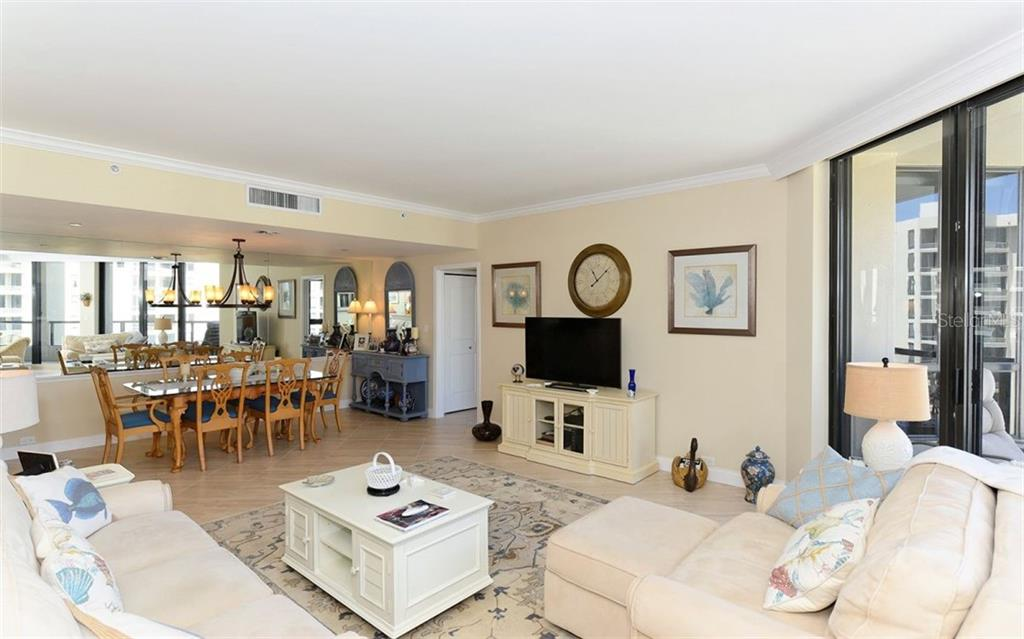 Living/Dining Rooms - Condo for sale at 1211 Gulf Of Mexico Dr #705, Longboat Key, FL 34228 - MLS Number is A4410234
