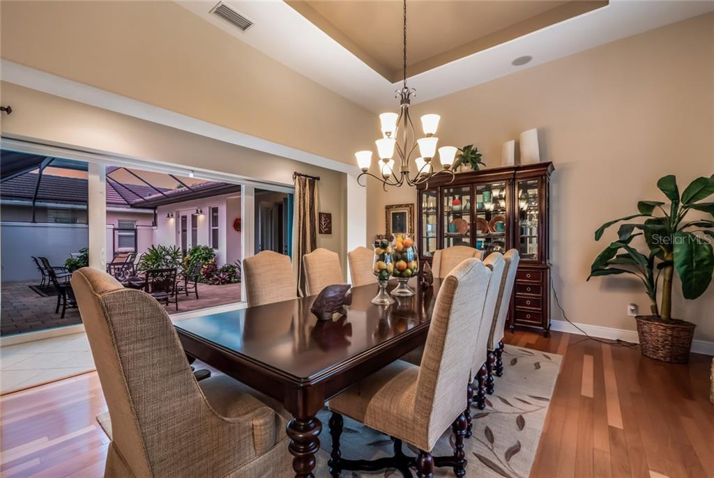 Dining Room - Single Family Home for sale at 5114 Lake Overlook Ave, Bradenton, FL 34208 - MLS Number is A4412194