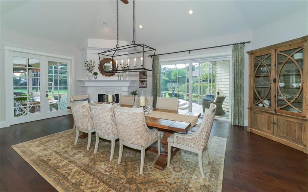 Stunning Dining Room - Single Family Home for sale at 3183 Dick Wilson Dr, Sarasota, FL 34240 - MLS Number is A4412326